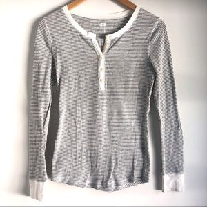 Old Navy grey white striped henley thermal small
